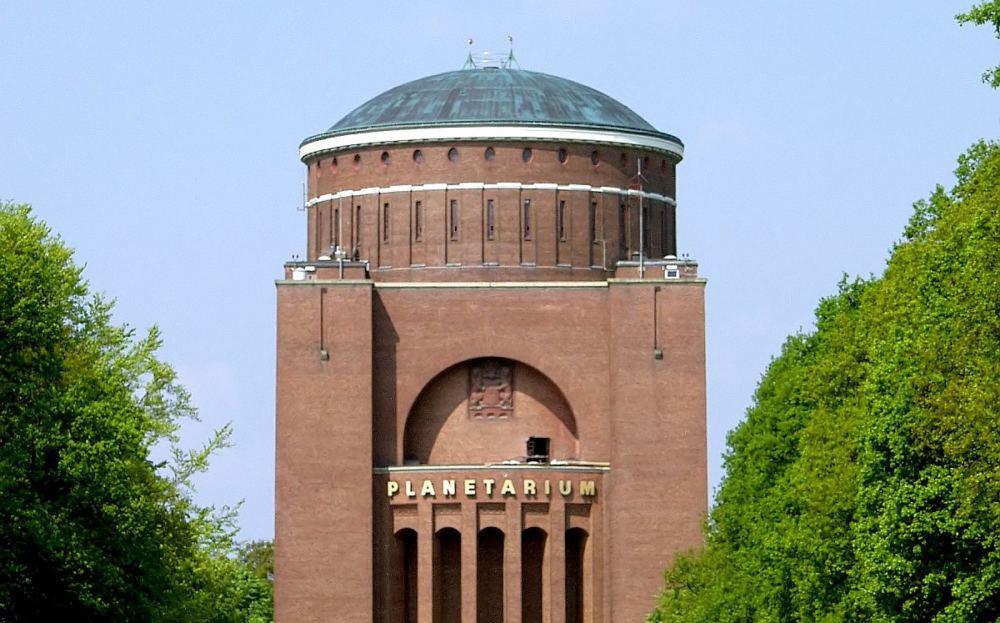 Kuppelbau des Hamburger Planetariums