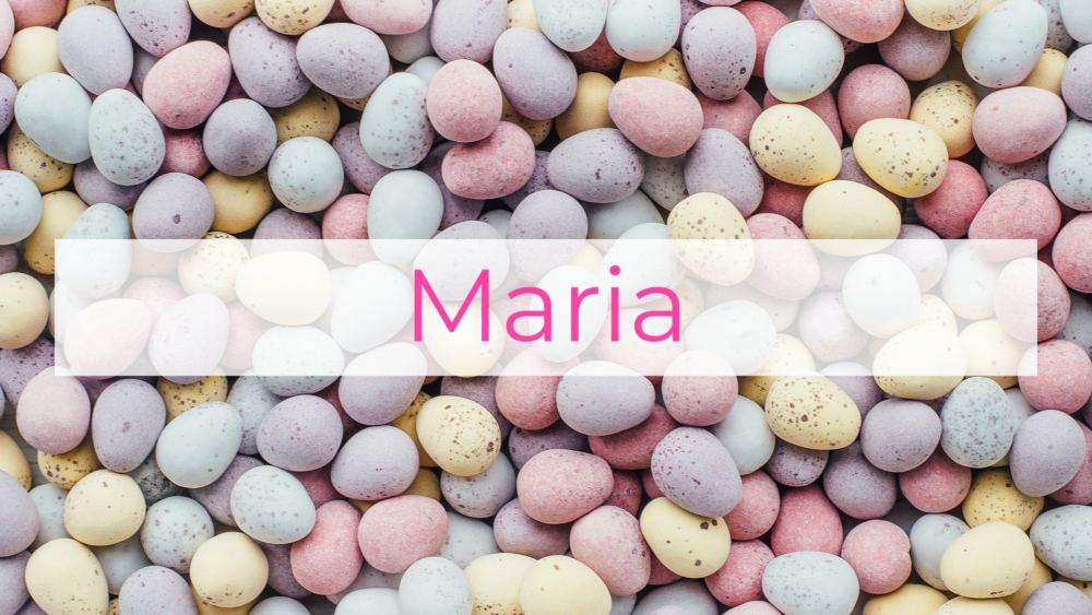 """Ganz viele Ostereier, darüber der Name """"Maria"""". Screenshot aus dem Ostervideo"""